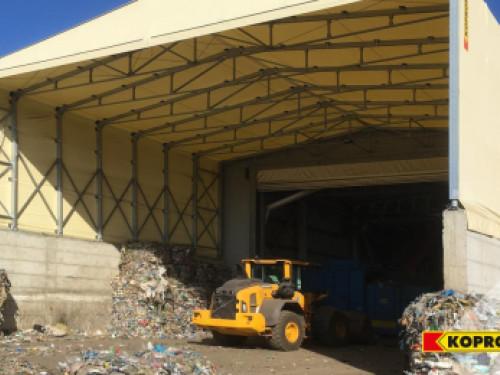 Capannoni in telo PVC di KOPRON per lo stoccaggio dei rifiuti solidi urbani