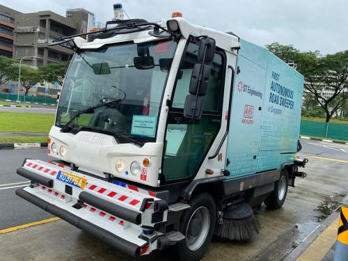 La prima spazzatrice stradale a guida autonoma è DULEVO International