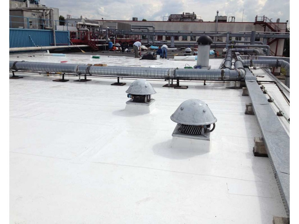 Rifacimento tetto con membrane sintetiche Vaeplan DERBIGUM