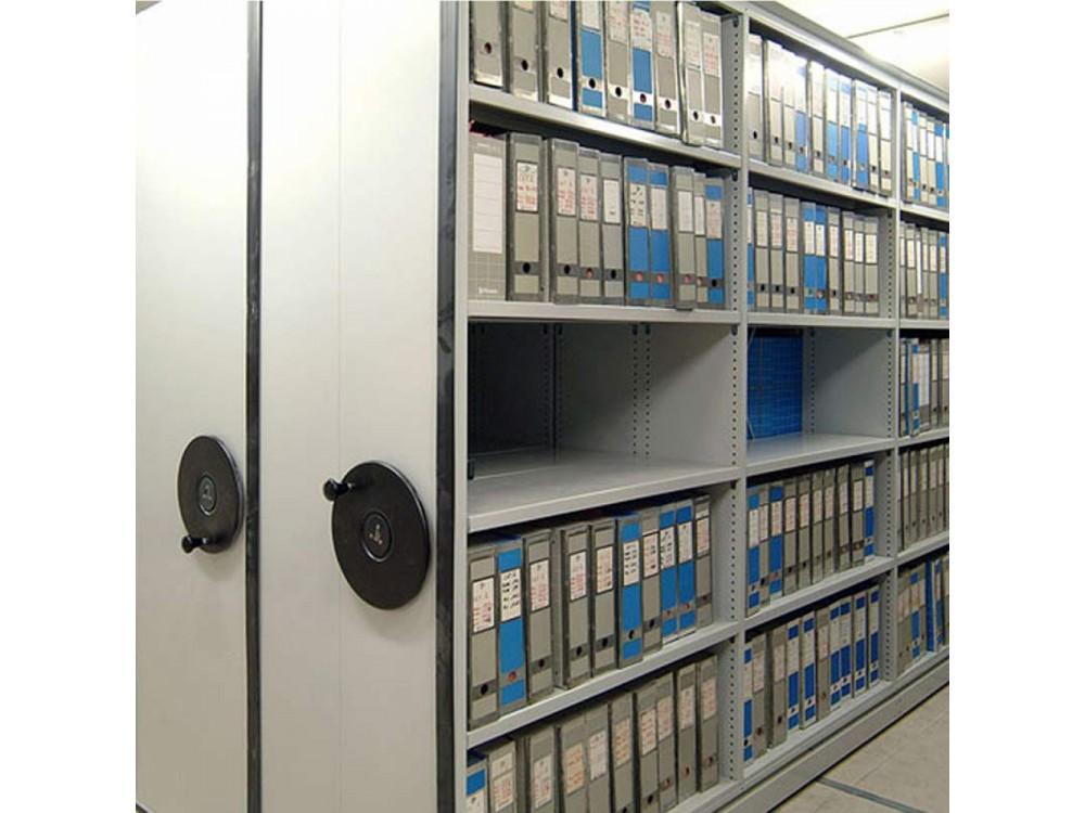 Archivi, armadi e scaffalature compattabili su binari