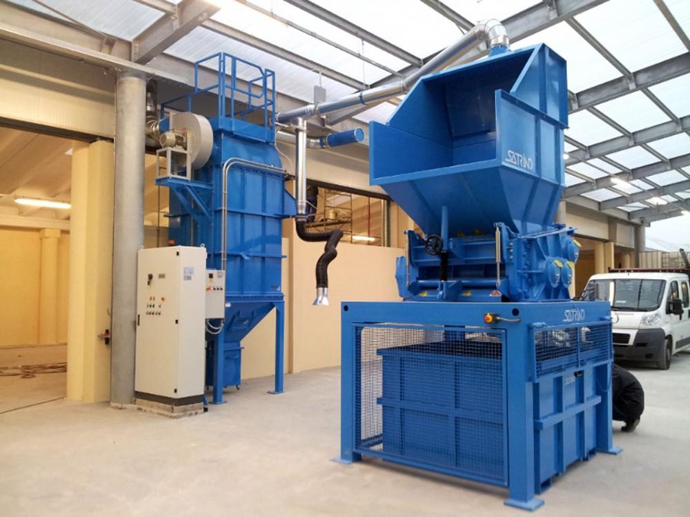 Impianto di triturazione con depolveratore