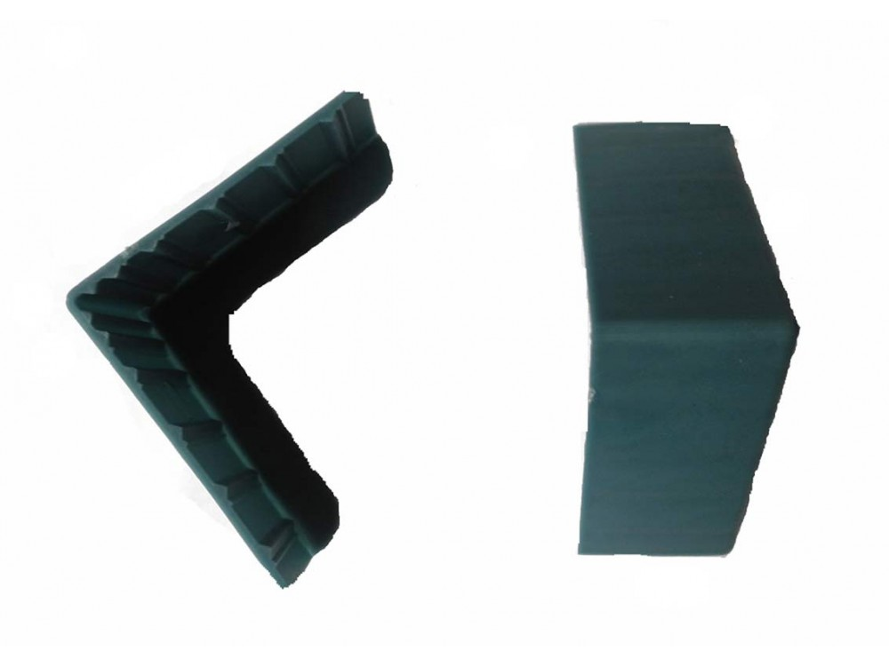 Protezioni angolari in plastica per imballi e pallet