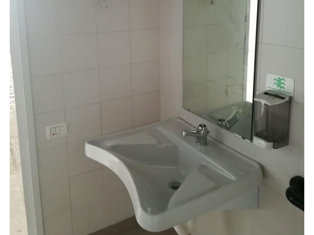Bagno prefabbricato per disabili e portatori di handicap