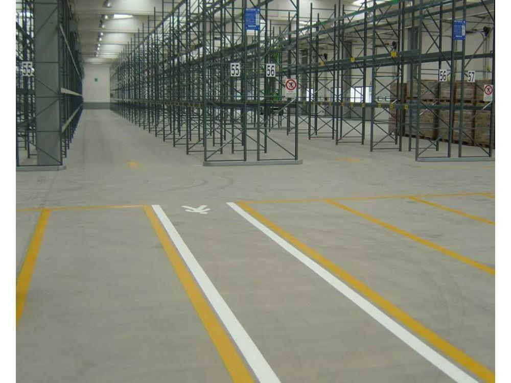 Pavimenti in resina per magazzini