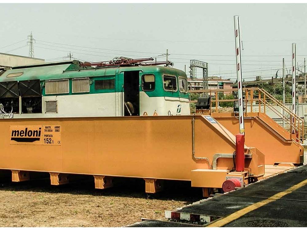 Carro trasbordatore per il settore ferroviario
