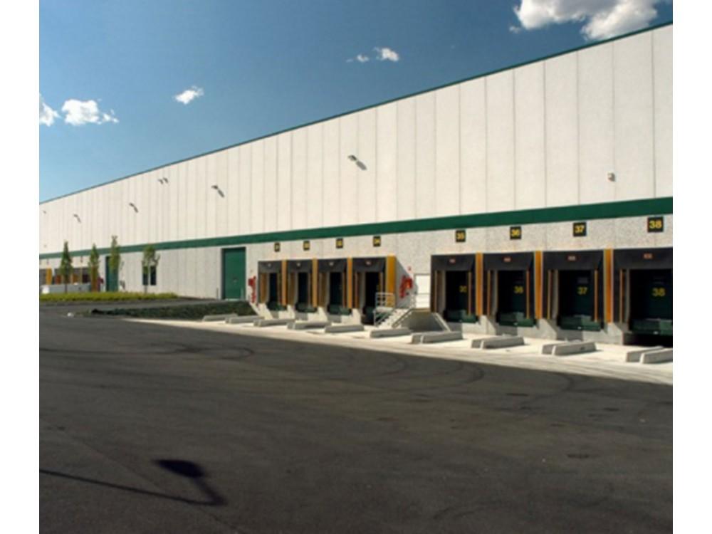 Servizi immobiliari di edifici industriali per la logistica