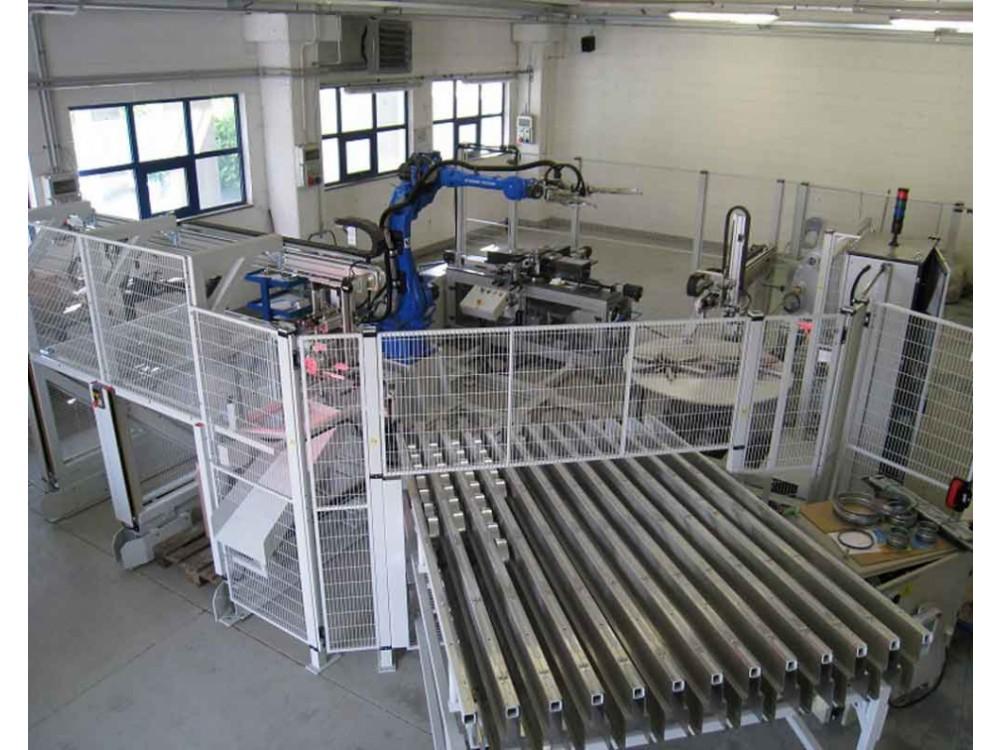 Linea automatica di montaggio guarnizioni su tubi Tee e accessori