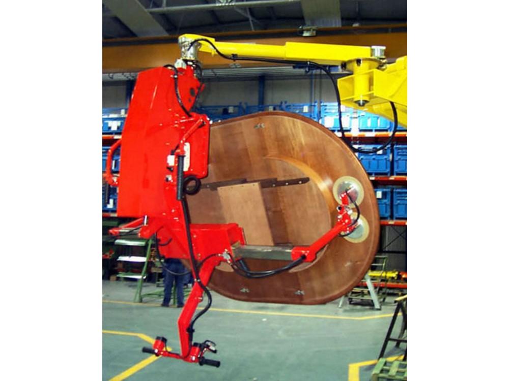 Movimentazione pannelli in legno con rotazione pneumatica di 180°