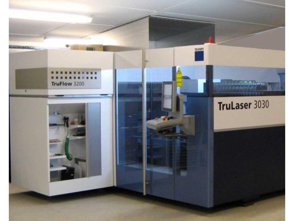 Macchina taglio laser CNC usata Trumpf L3030 4000W