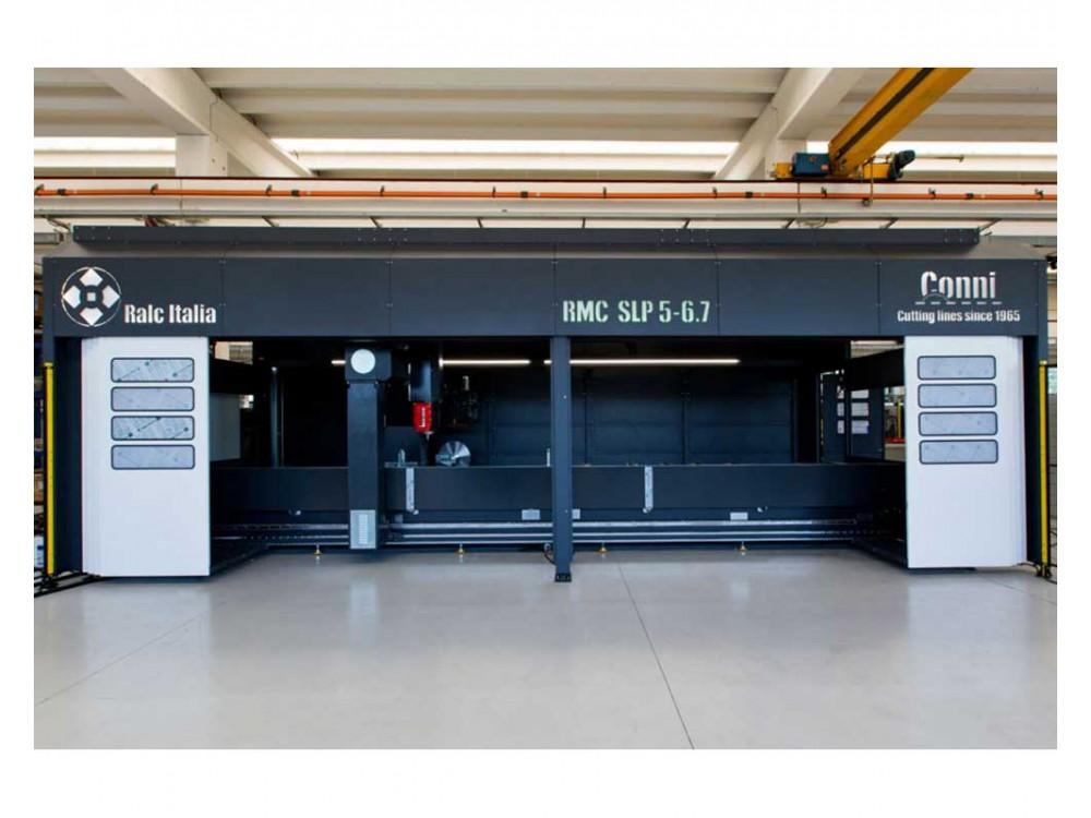 Centro di lavoro con portale