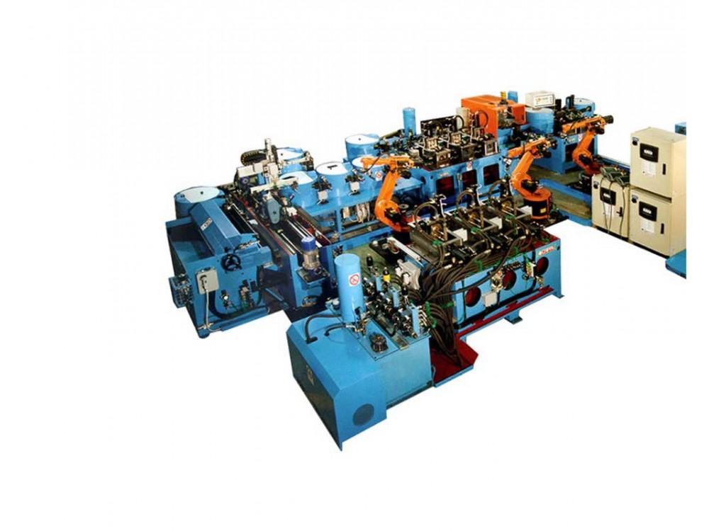 Isola robotizzata per l'assemblaggio di particolari meccanici