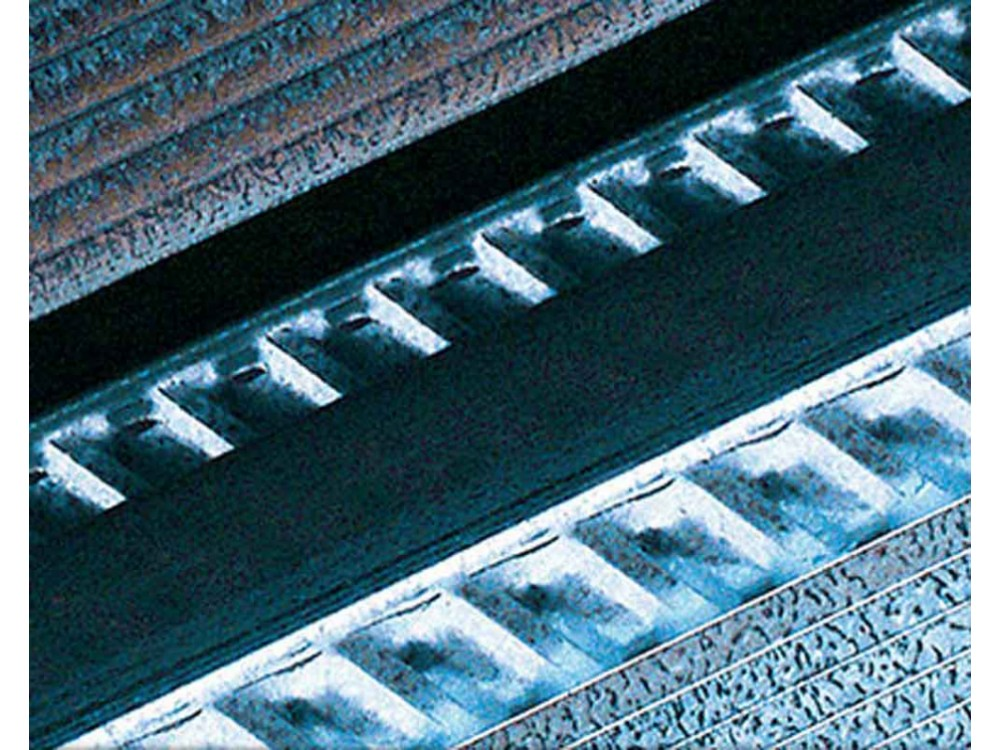 Servizi di tarature di macchine per prove su materiali