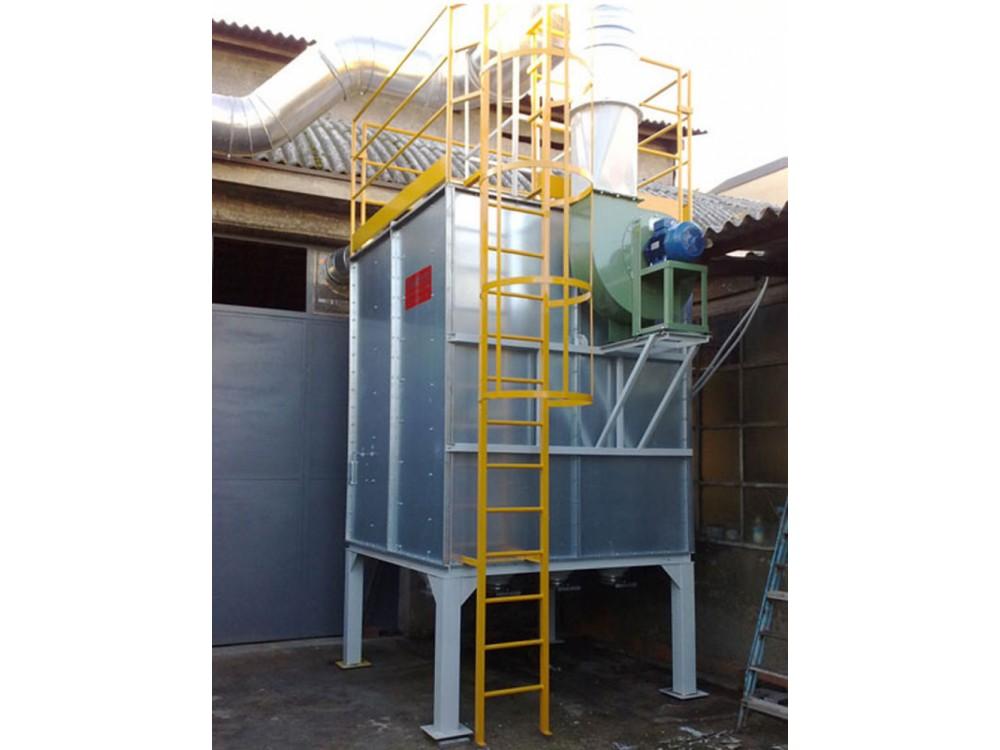 Impianto con filtro a carboni attivi per fumi di fonderia