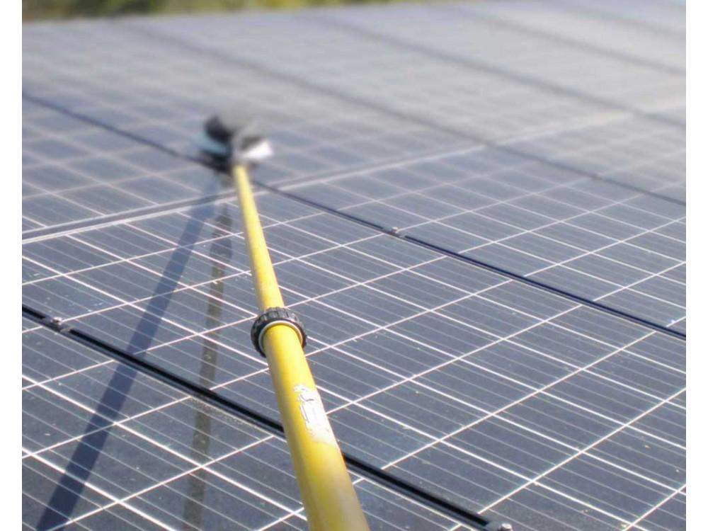 Sistemi  di lavaggio per pannelli fotovoltaici e vetrate