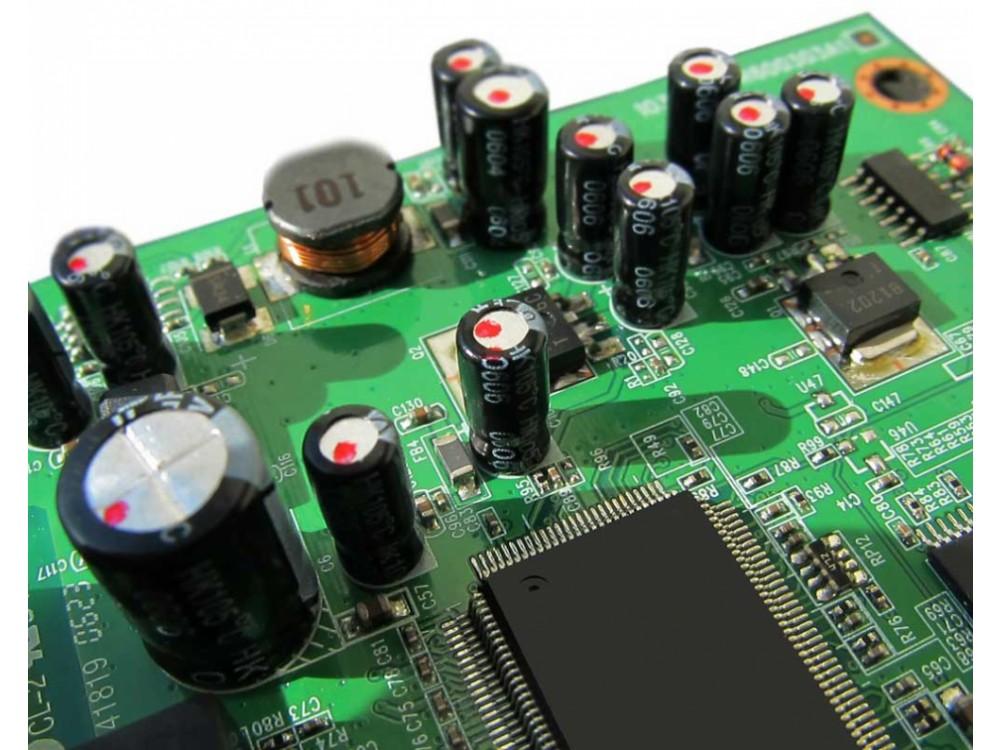 Server web RECS101 per il controllo remoto IoT