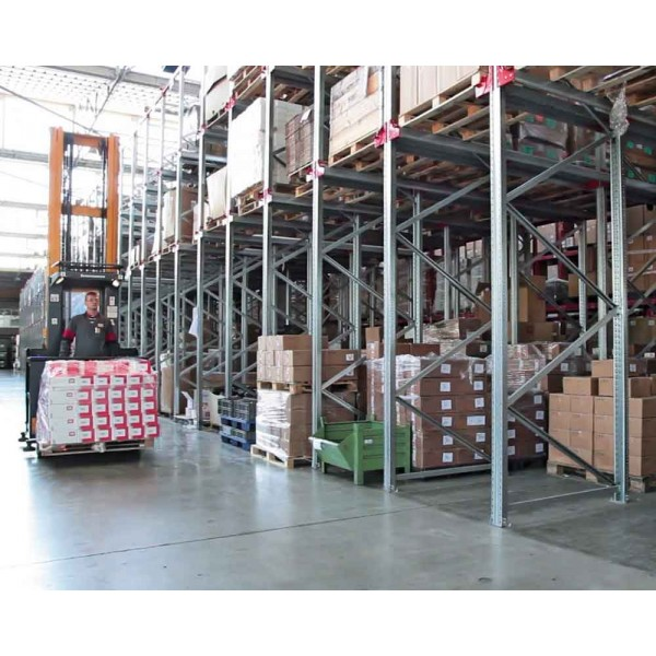 Drive In Scaffali.Drive In Racking For Palletized Goods Ferretto Group Spa
