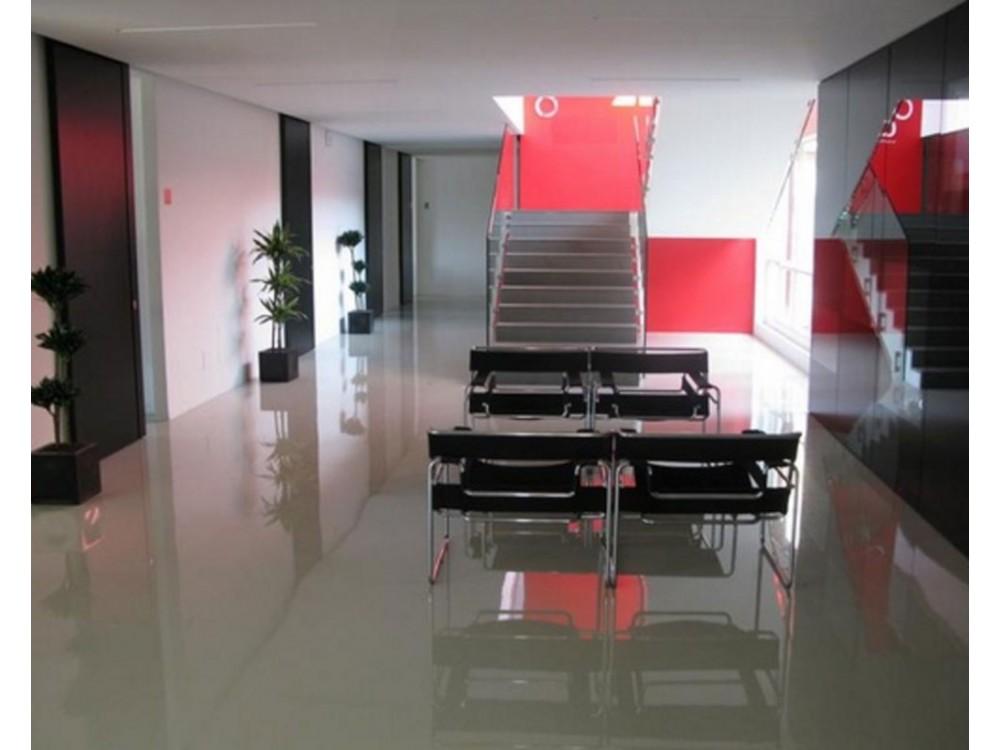 Pavimento autolivellante in resina in zona ufficio