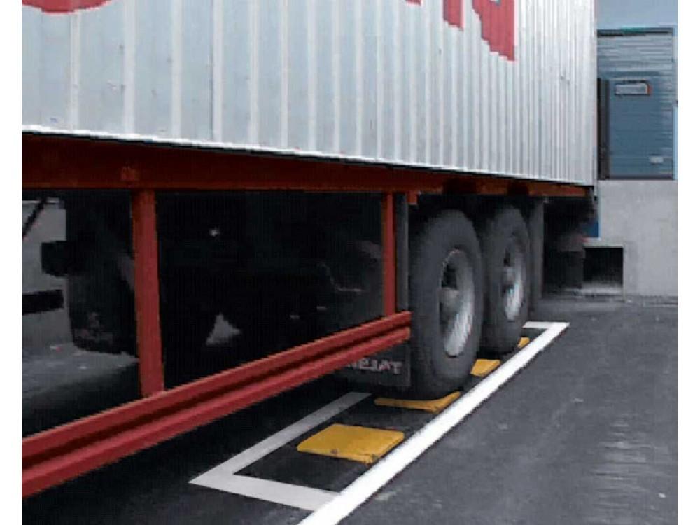 Sistema a cunei pneumatici per blocco ruote