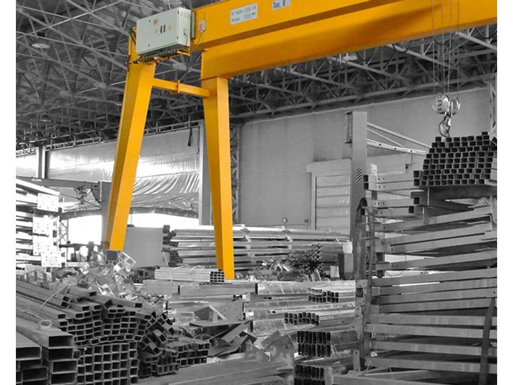 Strutture in carpenteria leggera e medio-pesante