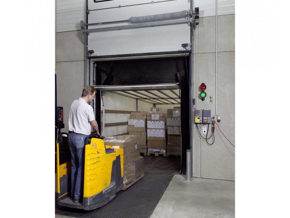 Sistema Dock Control per attracco e gestione fasi di carico/scarico