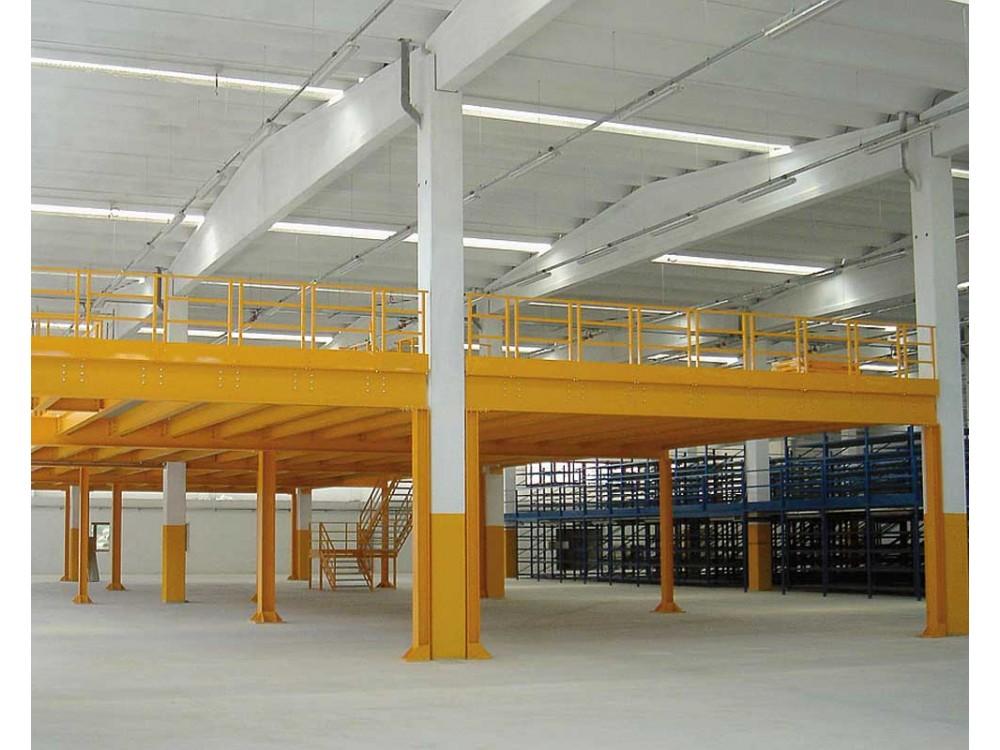Piano soppalcato in capannone industriale