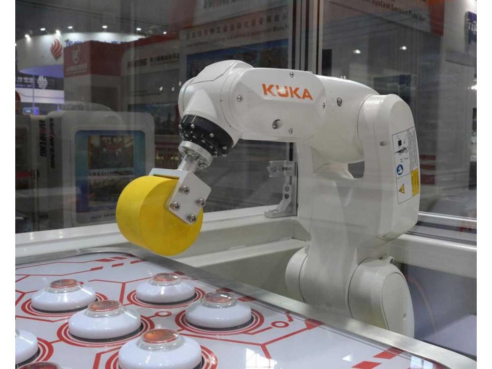 Piccolo robot KR 3 Agilus per componenti