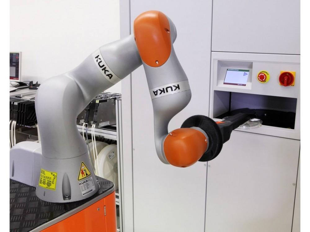 Robot sensibile per la collaborazione uomo-macchina