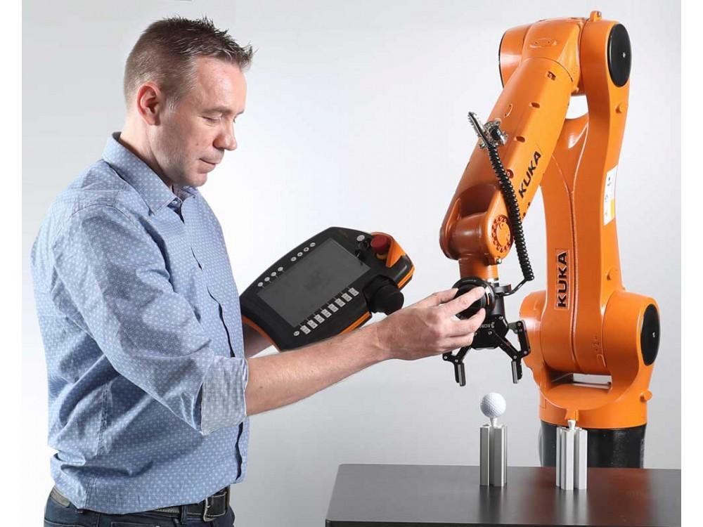 Soluzione wireless per il controllo di robot industriali