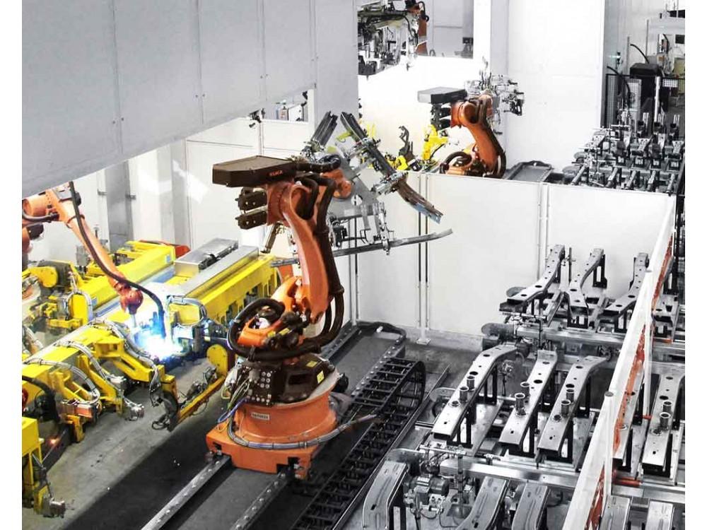 Celle di produzione robotizzate su misura