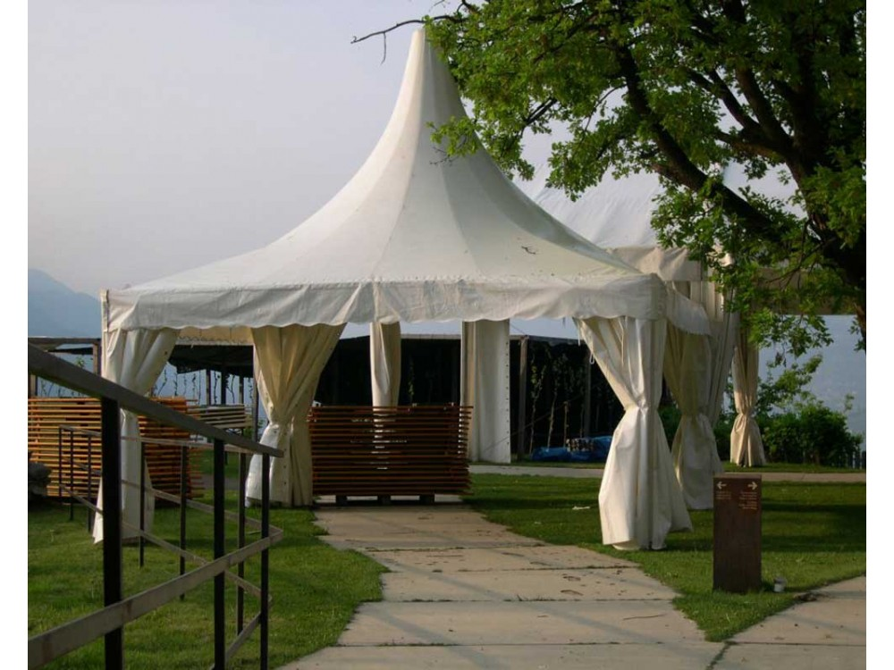 Gazebo componibile in PVC