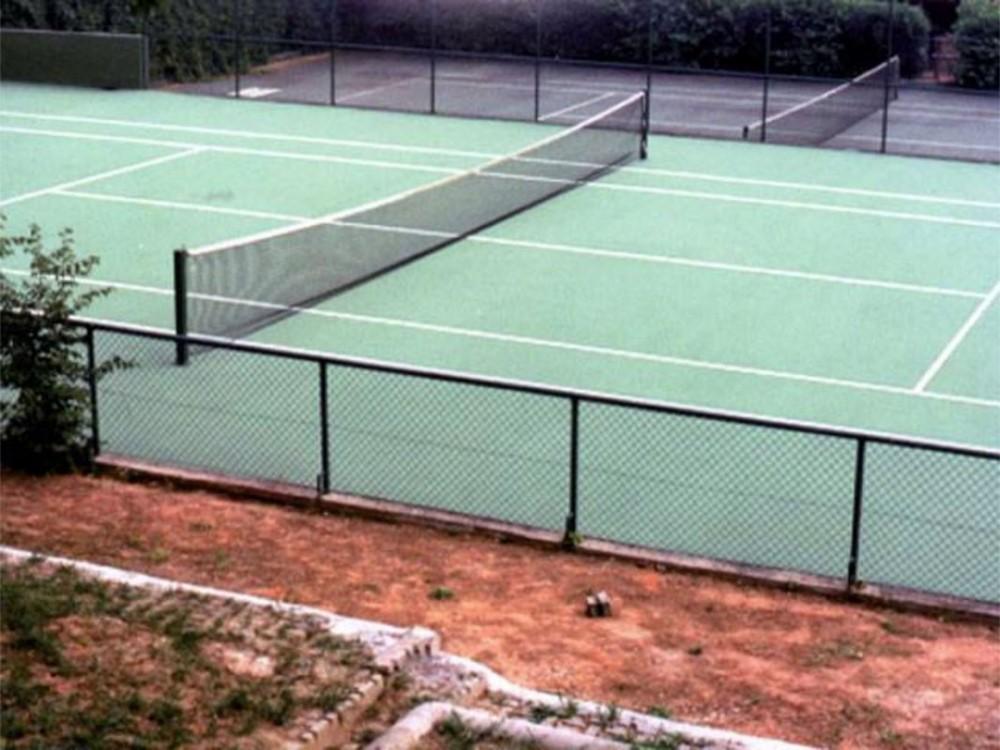 Pavimentazione sportiva elastica in rasato elastomerico