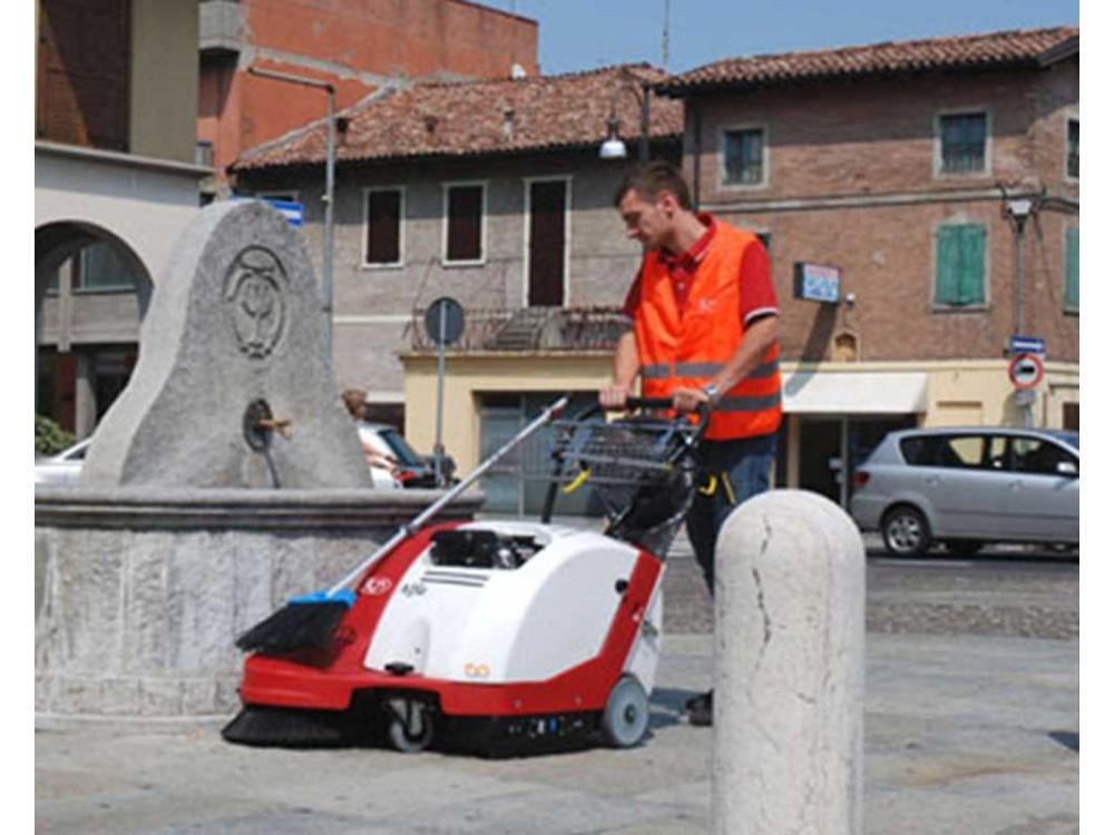 Motoscopa per pulizia urbana Alfa Street