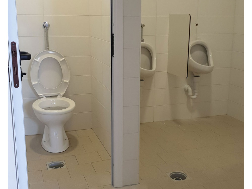 Servizi igienici prefabbricati per esterni