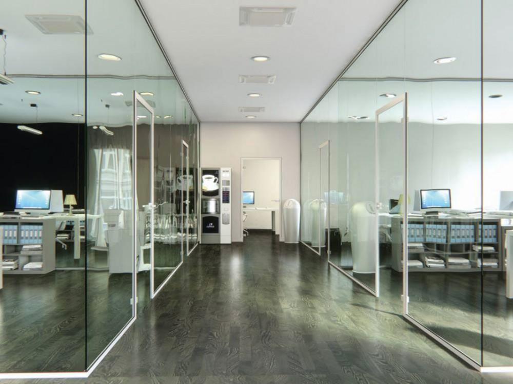 Pareti divisorie in vetro per allestimento uffici