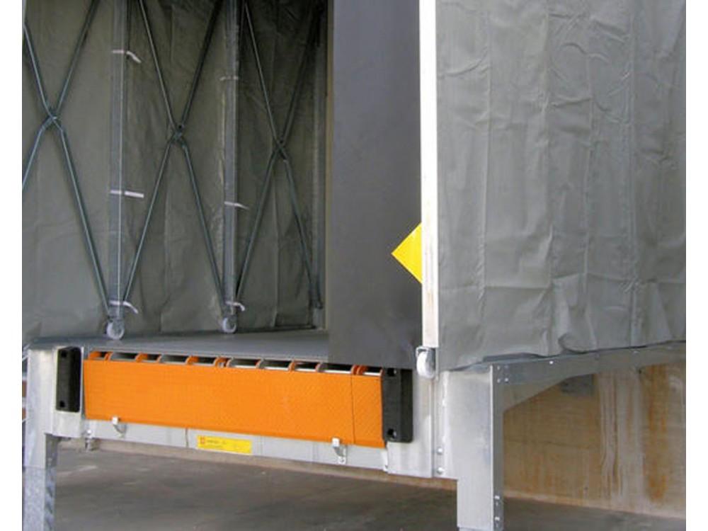 Banchina esterna in carpenteria metallica