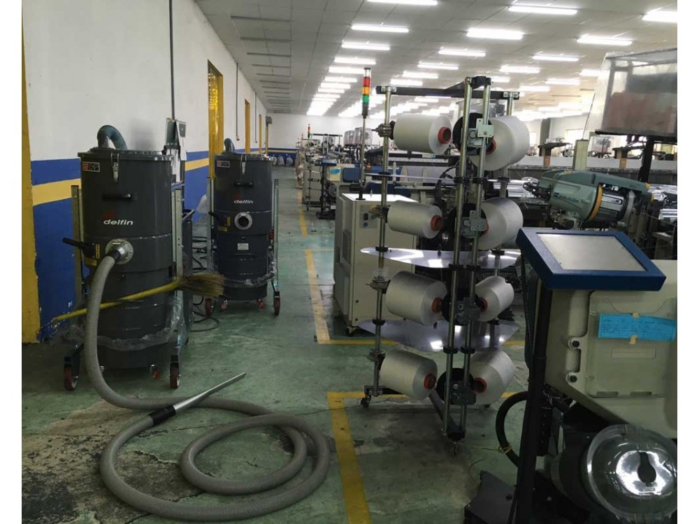 Aspiratore per polveri e liquidi DG70 EXP