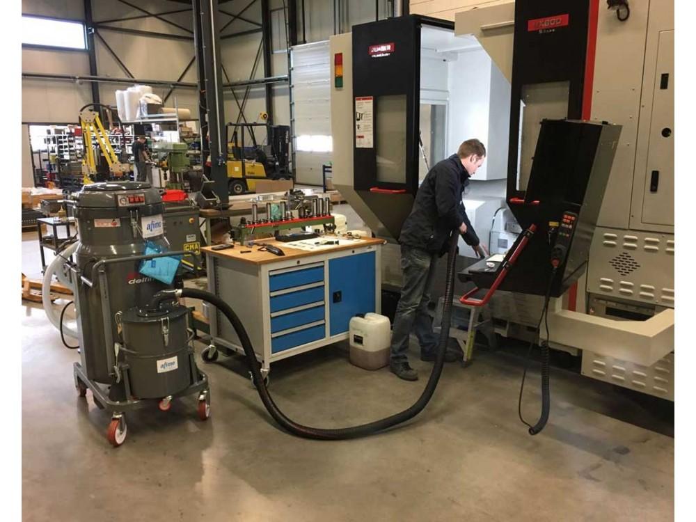 Aspiratore per manutenzione macchine utensili e CNC TC200 IF T