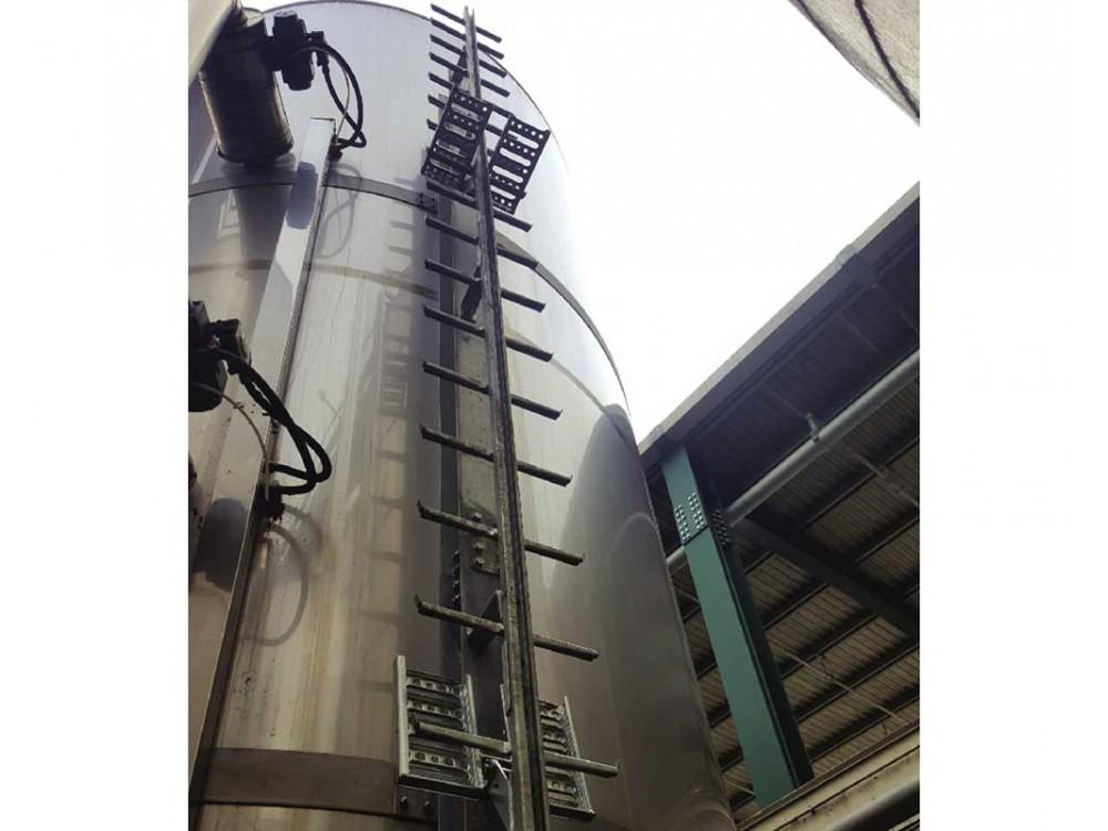 Scala di sicurezza per accesso impianti