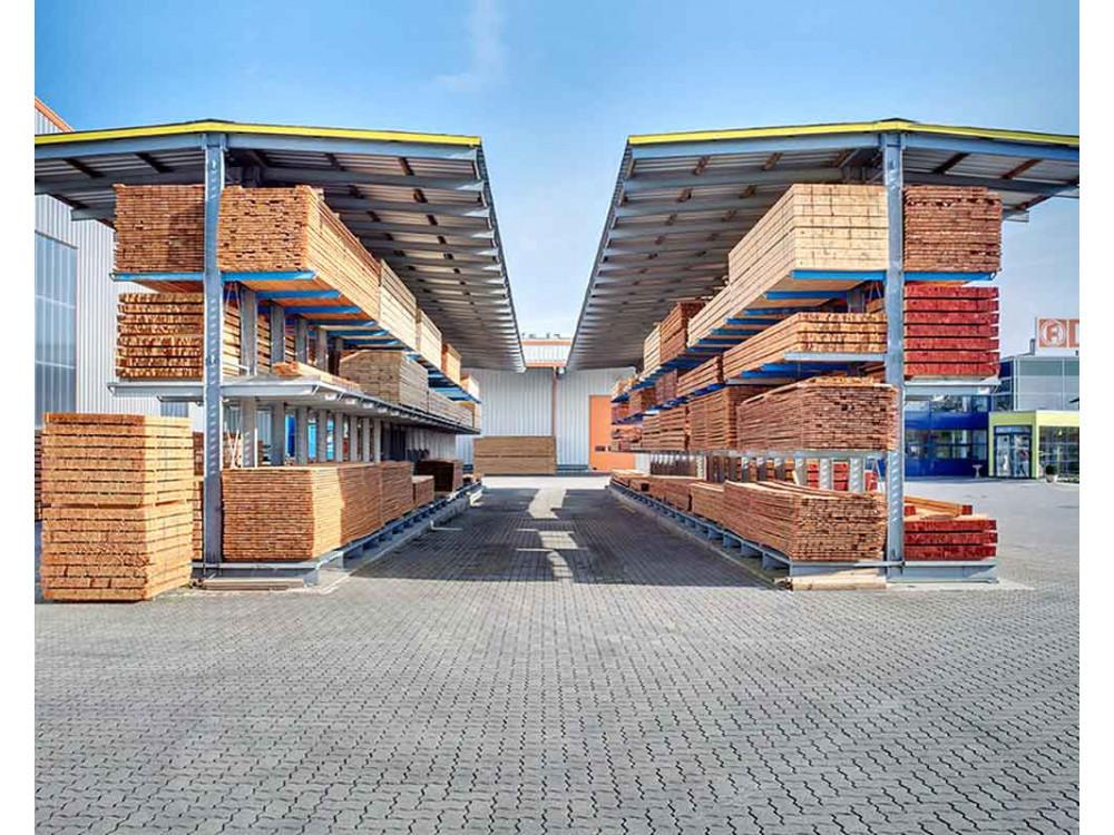 Cantilever per esterni con tetto