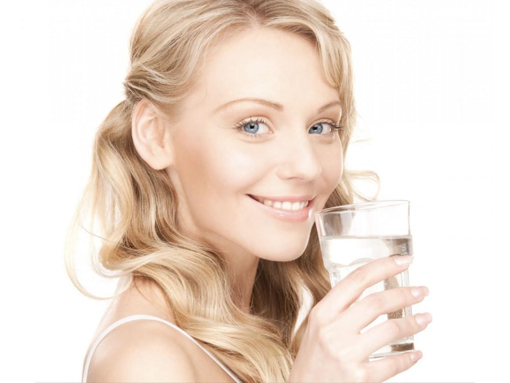 IOPlasticFree: servizi di distribuzione on-site di acqua, drink e bevande