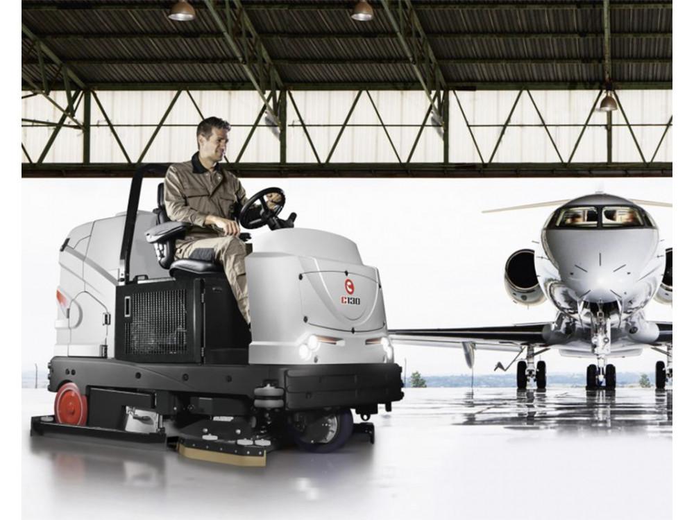 Spazza-lava pavimenti uomo a bordo ad azione combinata