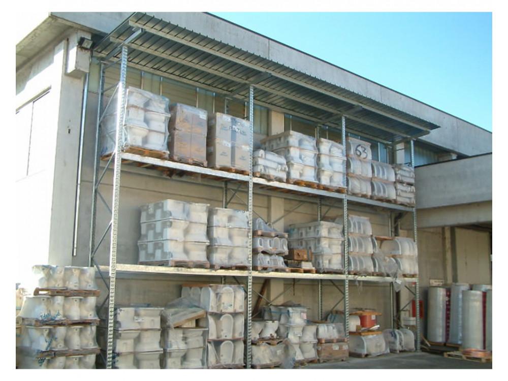 Scaffalature portapallet con tettoia per magazzini esterni