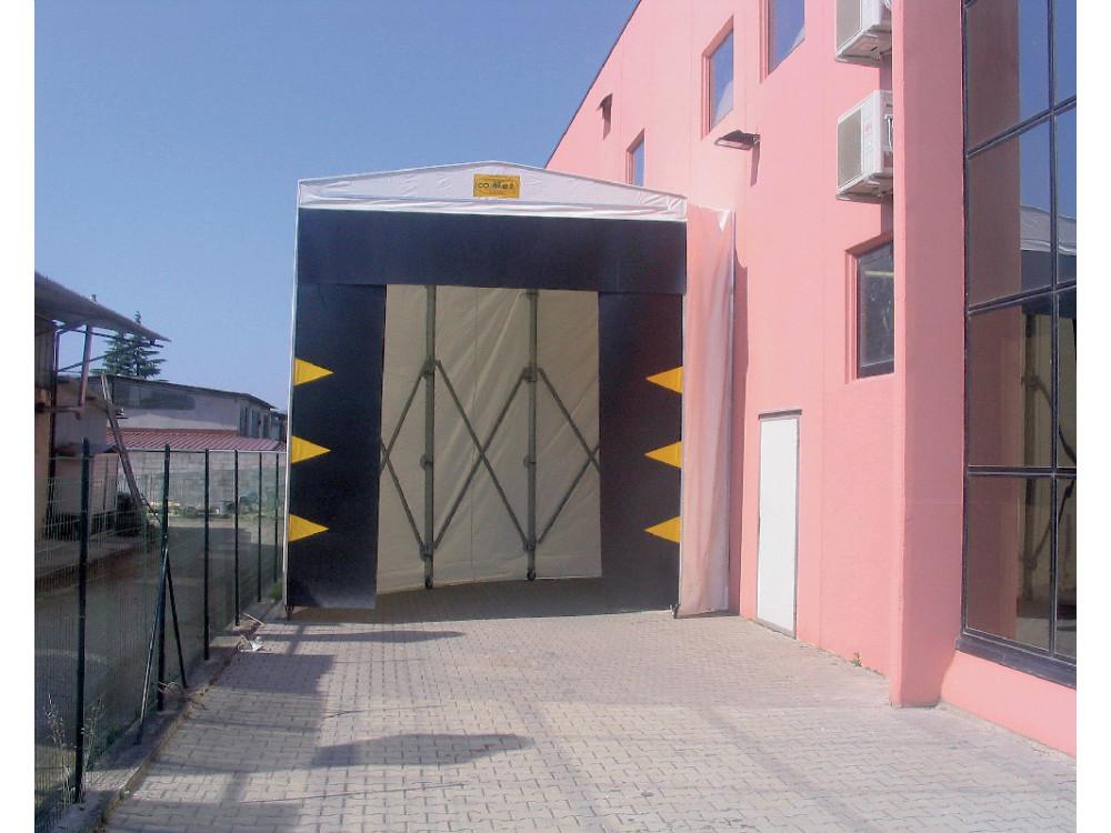 Tunnel a chiocciola per accesso facilitato ad area di carico-scarico