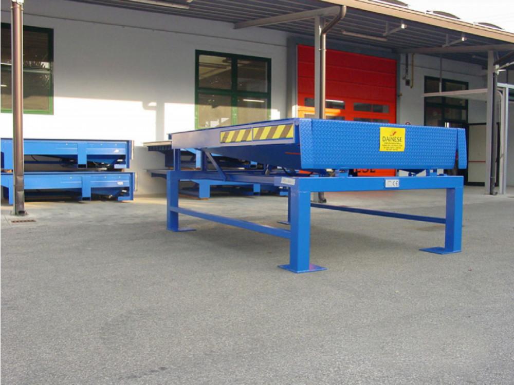 Rampe metalliche da piazzale per carico-scarico automezzi