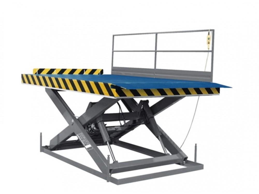 Piattaforma a pantografo per sollevamento