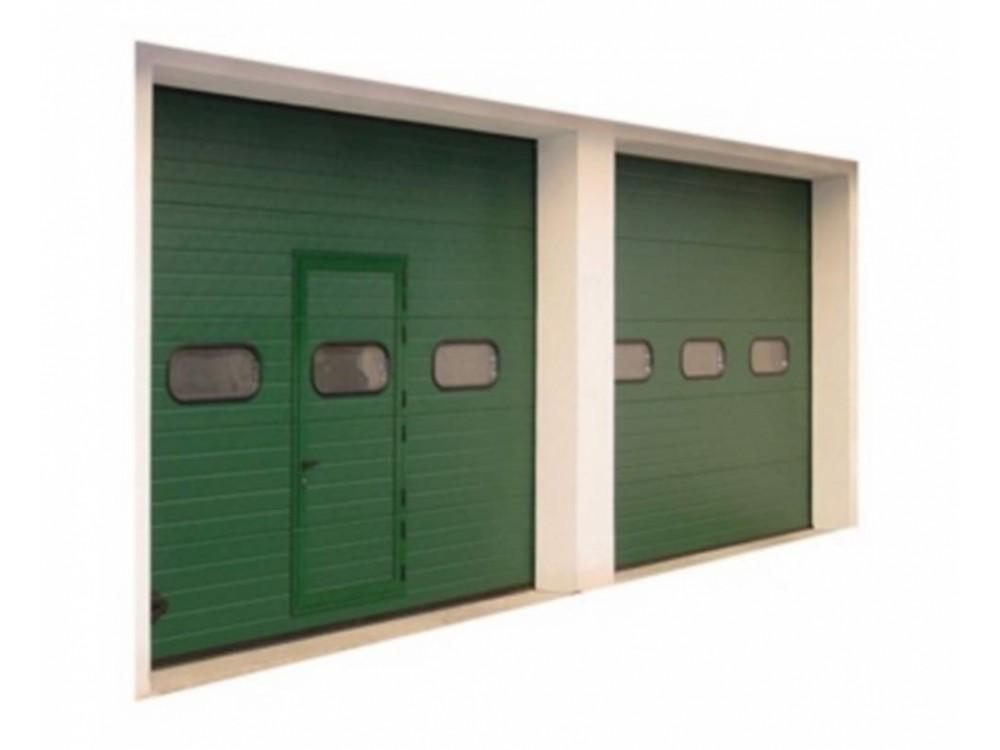 Porte sezionali con ingresso pedonale
