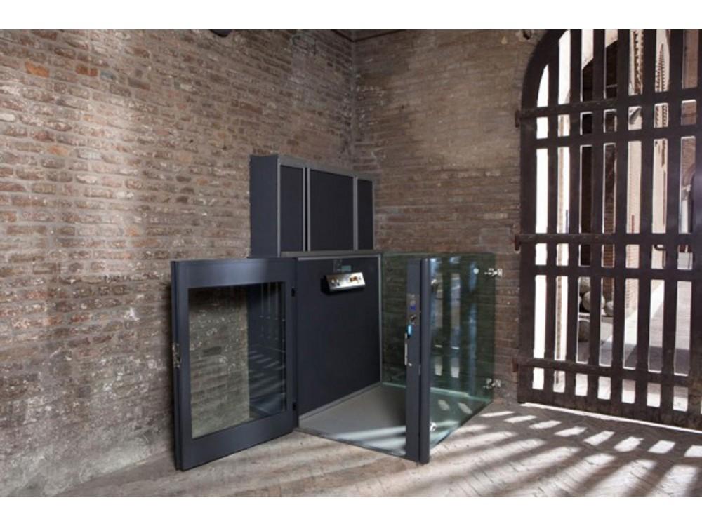Piattaforma elevatrice speciale installata in area museale