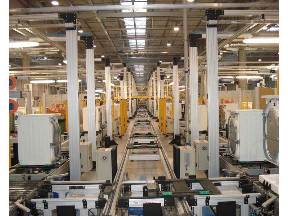 Linea di trasporto interno per assemblaggio lavatrici