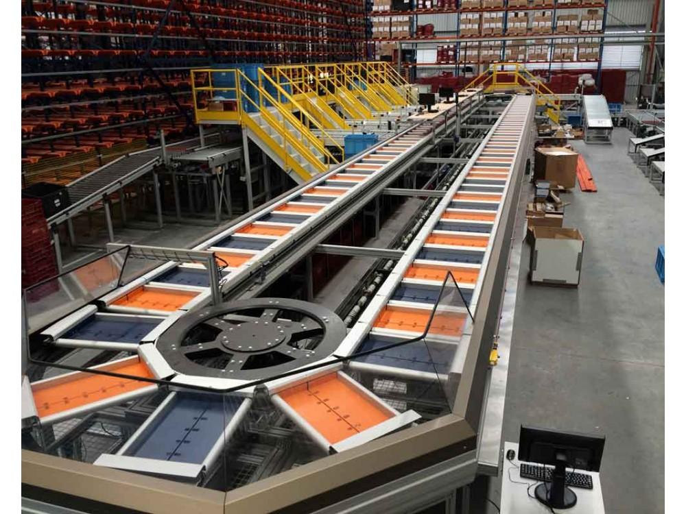 Linea convogliatrice da magazzino a sistema di imballaggio
