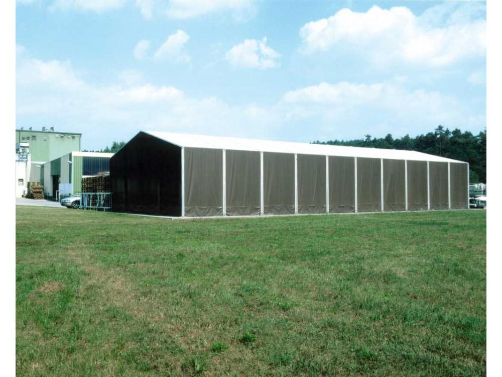 Grande struttura industriale in PVC